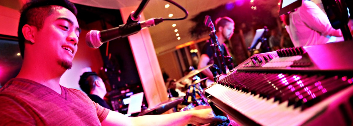 Enjoy live music with Carnival Cruise Line.